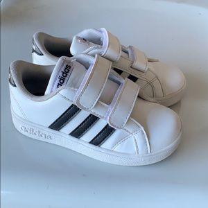 Adidas Neo toddler size 9K